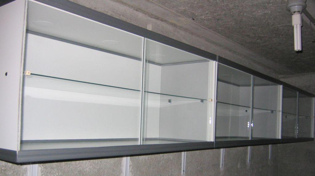 ma collection de mignonnettes test vitrine. Black Bedroom Furniture Sets. Home Design Ideas